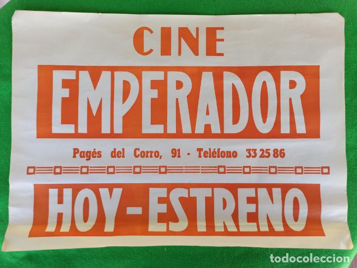 CARTEL DE CINE EMPERADOR HOY ESTRENO (Cine - Posters y Carteles - Clasico Español)