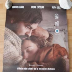 Cine: BAJO LA PIEL DEL LOBO - APROX 70X100 CARTEL ORIGINAL CINE (L73). Lote 194976623