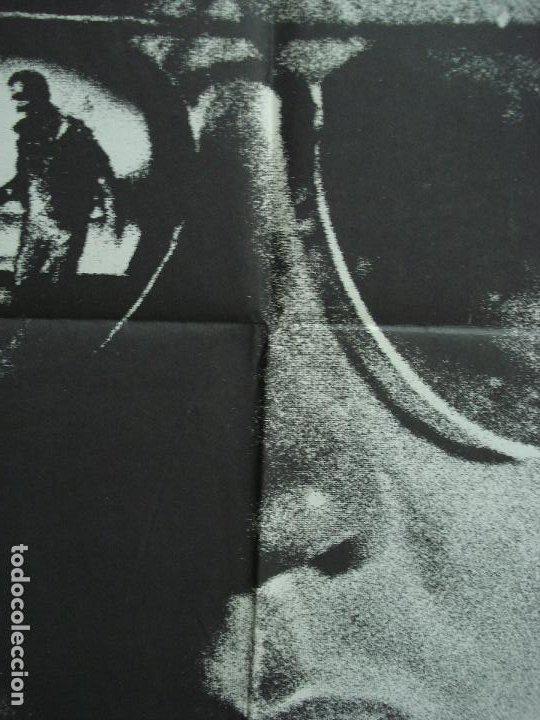 Cine: CDO 339 EL HOMBRE QUE NOS PERSIGUE JEAN-LOUIS TRINTIGNANT POSTER ORIGINAL 70X100 ESTRENO - Foto 3 - 195087257