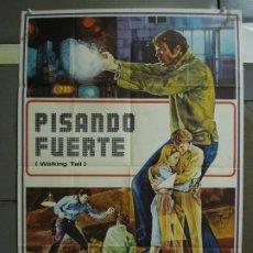 Cine: CDO 360 PISANDO FUERTE PHIL KARLSON JOE DON BAKER MAURO POSTER ORIGINAL 70X100 ESTRENO. Lote 195113706