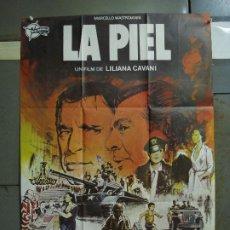 Cine: CDO 430 LA PIEL LILIANA CAVANI MASTROIANNI BURT LANCASTER CARDINALE POSTER ORIGINAL 70X100 ESTRENO. Lote 195271876