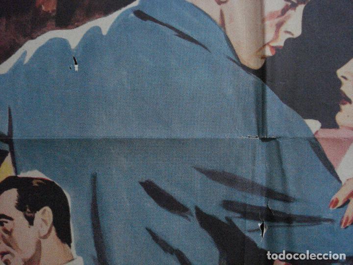 Cine: AAG41 UN EXTRAÑO A MI PUERTA MACDONALD CAREY PATRICIA MEDINA POSTER ORIGINAL 70X100 ESTRENO - Foto 5 - 196775396