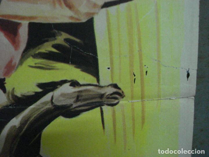 Cine: AAG41 UN EXTRAÑO A MI PUERTA MACDONALD CAREY PATRICIA MEDINA POSTER ORIGINAL 70X100 ESTRENO - Foto 9 - 196775396