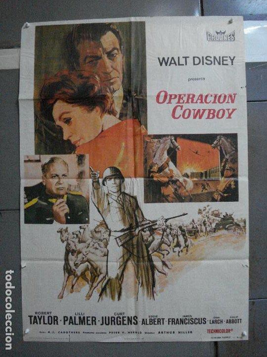 CDO 917 OPERACION COWBOY ROBERT TAYLOR WALT DISNEY POSTER ORIGINAL 70X100 ESTRENO (Cine - Posters y Carteles - Aventura)