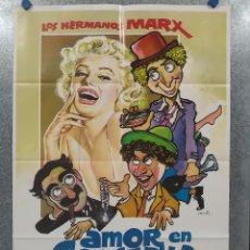 Cine: AMOR EN CONSERVA. MARILYN MONROE, LOS HERMANOS MARX. AÑO 1983. POSTER ORIGINAL. Lote 198679851