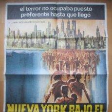 Cine: CARTEL CINE NUEVA YORK BAJO EL TERROR DE LOS ZOMBI ZOMBI 2 TISA FARROW 1980 C1774. Lote 199002370