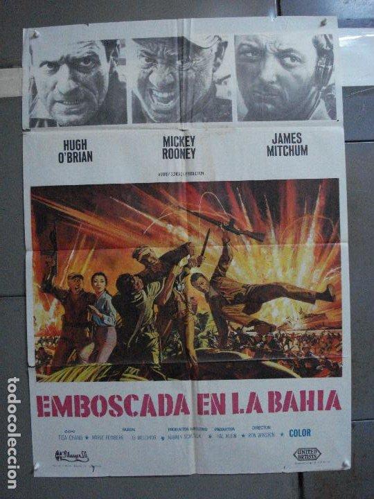 CDO 1210 EMBOSCADA EN LA BAHIA MICKEY ROONEY HUGH O'BRIAN JAMES MITCHUM POSTER ORIG 70X100 ESTRENO (Cine - Posters y Carteles - Bélicas)