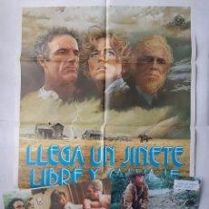 Cine: ANTIGUO CARTEL CINE LLEGA UN JINETE LIBRE Y SALVAJE + 12 FOTOCROMOS 1978 CC63. Lote 201205475