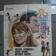 Cine: CDO 1472 TURISTAS Y BRIBONES SONIA BRUNO ARTURO FERNANDEZ ANTONIO GARISA MCP POSTER 70X100 ESTRENO. Lote 201209982