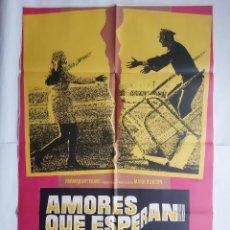 Cine: ANTIGUO CARTEL CINE AMORES QUE MATAN KATHERINE JUSTICE + 12 FOTOCROMOS 1973 MAD CC134. Lote 203551511
