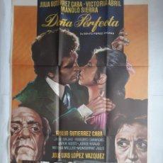 Cine: ANTIGUO CARTEL CINE DOÑA PERFECTA VICTORIA ABRIL + 12 FOTOCROMOS 1977 CC150. Lote 203844532