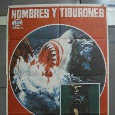 Cine: CDO 2251 HOMBRES Y TIBURONES SUBMARINISMO DOCUMENTAL POSTER ORIGINAL 70X100 ESTRENO. Lote 203900388