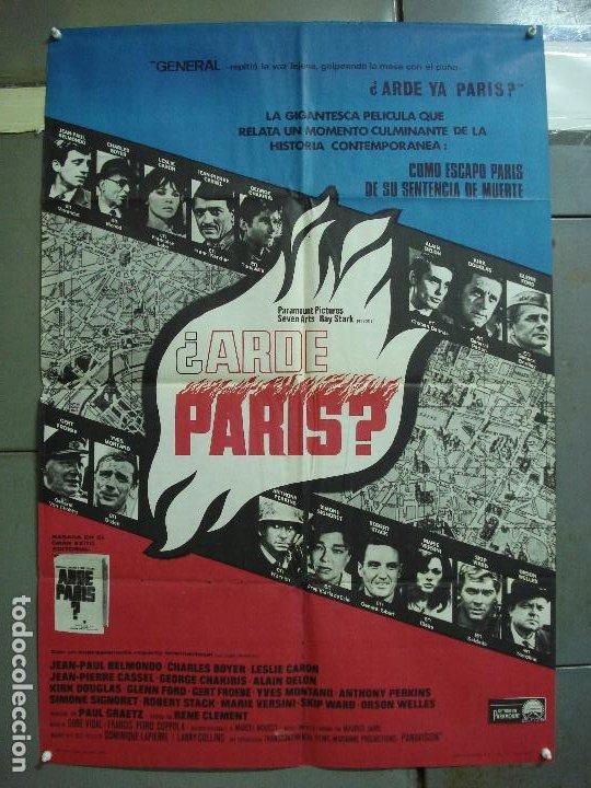 CDO 2325 ARDE PARIS BELMONDO DELON DOUGLAS POSTER ORIGINAL 70X100 ESTRENO (Cine - Posters y Carteles - Bélicas)