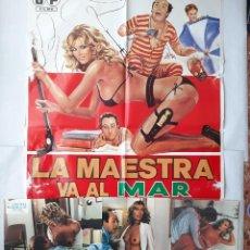 Cine: ANTIGUO CARTEL CINE LA MAESTRA VA AL MAR CON TODA LA CLASE + 12 FOTOCROMOS 1980 CC187. Lote 204100902