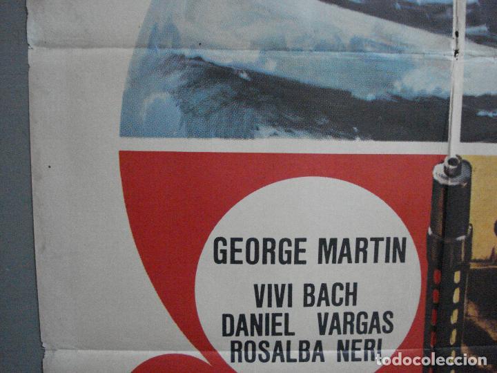 Cine: CDO 2416 CON LA MUERTE EN LA ESPALDA GEORGE MARTIN EURO SPY POSTER ORIGINAL 70X100 ESTRENO - Foto 3 - 204316947