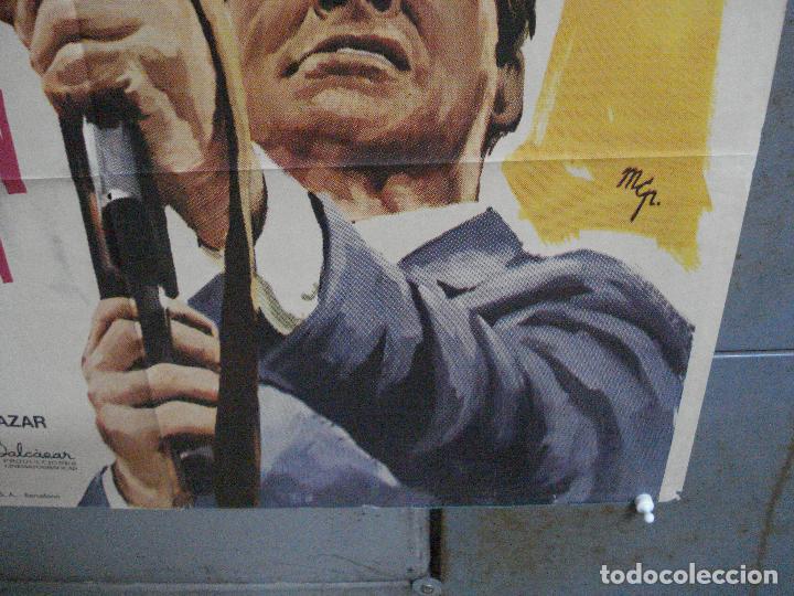 Cine: CDO 2416 CON LA MUERTE EN LA ESPALDA GEORGE MARTIN EURO SPY POSTER ORIGINAL 70X100 ESTRENO - Foto 9 - 204316947