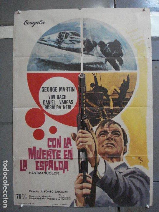 CDO 2416 CON LA MUERTE EN LA ESPALDA GEORGE MARTIN EURO SPY POSTER ORIGINAL 70X100 ESTRENO (Cine - Posters y Carteles - Acción)