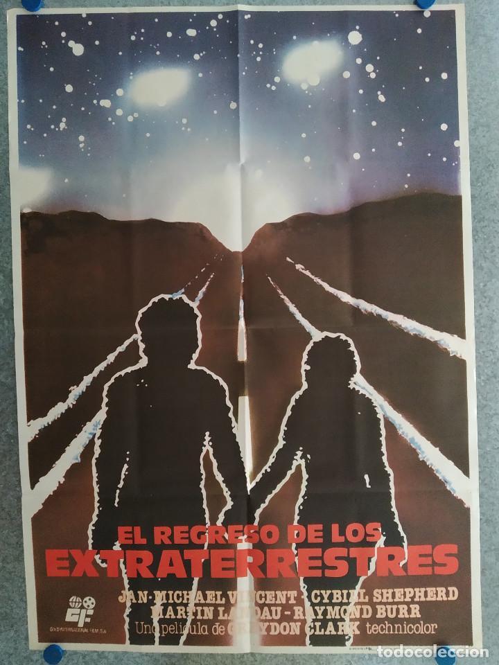 EL REGRESO DE LOS EXTRATERRESTRES. JAN-MICHAEL VINCENT, CYBILL SHEPHERD, AÑO 1982. POSTER ORIGINAL (Cine - Posters y Carteles - Ciencia Ficción)