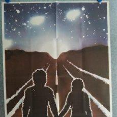 Cine: EL REGRESO DE LOS EXTRATERRESTRES. JAN-MICHAEL VINCENT, CYBILL SHEPHERD, AÑO 1982. POSTER ORIGINAL. Lote 204474992