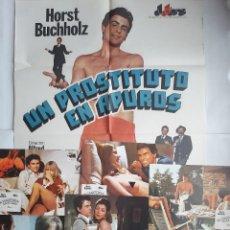 Cine: ANTIGUO CARTEL CINE UN PROSTITUTO EN APUROS + 12 FOTOCROMOS 1979 CC209. Lote 204480406