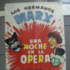 Cine: AAI90 UNA NOCHE EN LA OPERA HERMANOS MARX POSTER ORIGINAL 70X100 ESPAÑOL R-60S. Lote 205122532