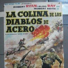 Cine: AAJ04 LA COLINA DE LOS DIABLOS DE ACERO ANTHONY MANN ROBERT RYAN POSTER ORIGINAL 70X100 ESTRENO. Lote 205133471
