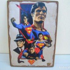 Cine: CUADRO POSTER PEGADO A MADERA SUPERMAN. Lote 205174970