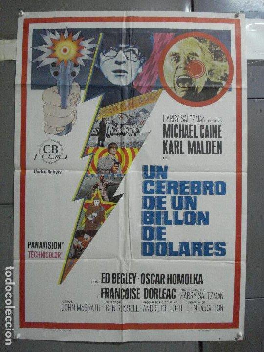 CDO 2499 UN CEREBRO DE UN BILLON DE DOLARES MICHAEL CAINE POSTER ORIGINAL 70X100 ESTRENO (Cine - Posters y Carteles - Suspense)