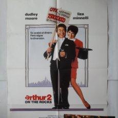 Cine: ANTIGUO CARTEL CINE ARTHUR 2 + 11 FOTOCROMOS 1988 CC241. Lote 205552736