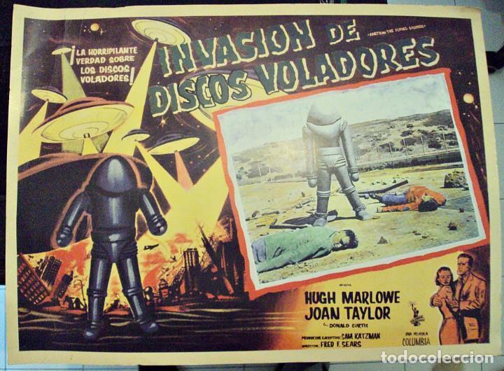 LOBBY CARD EARTH VS. THE FLYING SAUCERS - MÉXICO - INVASIÓN DE DISCOS VOLADORES (Cine - Posters y Carteles - Ciencia Ficción)