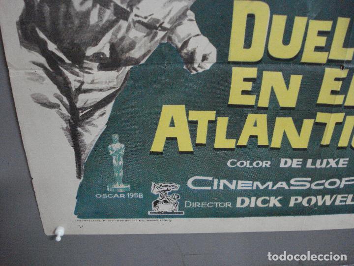Cine: CDO 2527 DUELO EN EL ATLANTICO ROBERT MITCHUM CURD JURGENS POSTER ORIGINAL 70X100 ESTRENO - Foto 5 - 205668506