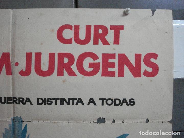 Cine: CDO 2527 DUELO EN EL ATLANTICO ROBERT MITCHUM CURD JURGENS POSTER ORIGINAL 70X100 ESTRENO - Foto 6 - 205668506