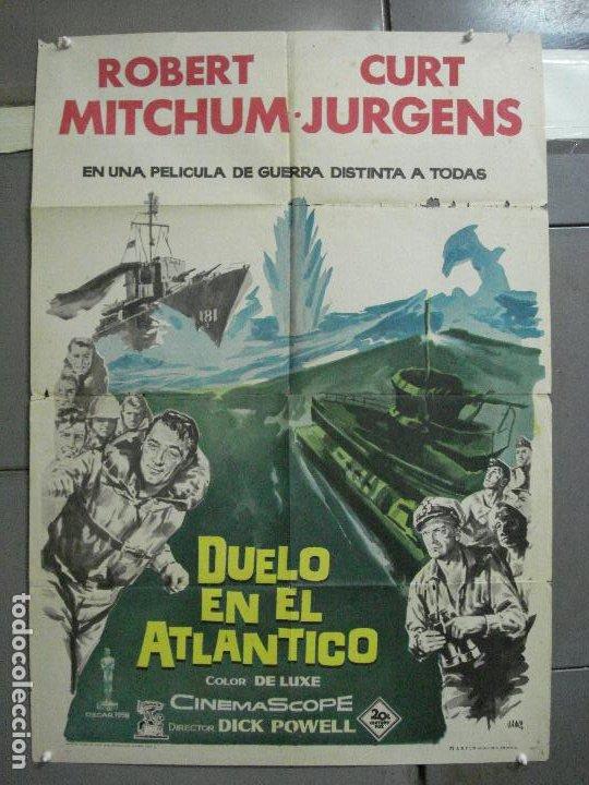 CDO 2527 DUELO EN EL ATLANTICO ROBERT MITCHUM CURD JURGENS POSTER ORIGINAL 70X100 ESTRENO (Cine - Posters y Carteles - Bélicas)