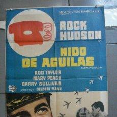 Cine: CDO 2642 NIDO DE AGUILAS ROCK HUDSON ROD TAYLOR POSTER ORIGINAL 70X100 ESTRENO. Lote 205706333