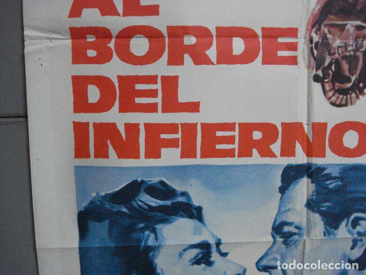 Cine: CDO 2727 AL BORDE DEL INFIERNO WILLIAM HOLDEN CIFESA POSTER ORIGINAL 70X100 ESTRENO - Foto 4 - 205794410