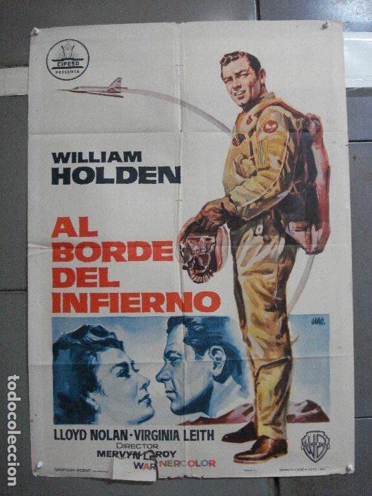 CDO 2727 AL BORDE DEL INFIERNO WILLIAM HOLDEN CIFESA POSTER ORIGINAL 70X100 ESTRENO (Cine - Posters y Carteles - Bélicas)