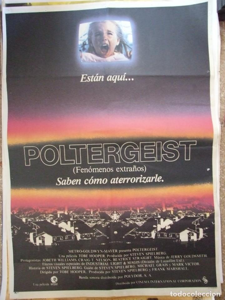CARTEL ORIGINAL DE CINE - POLTERGEIST 100X70CM BUEN ESTADO (Cine - Posters y Carteles - Acción)