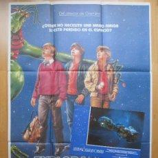 Cine: CARTEL + 12 FOTOCROMOS EXPLORADORES 1985 CCF34. Lote 206339966