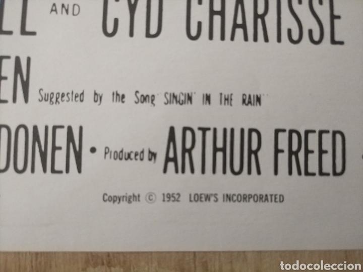 Cine: Cartel original Estreno cines EEUU película: SINGING IN THE RAIN (CANTANDO BAJO LA LLUVIA) Año: 1952 - Foto 3 - 207557428