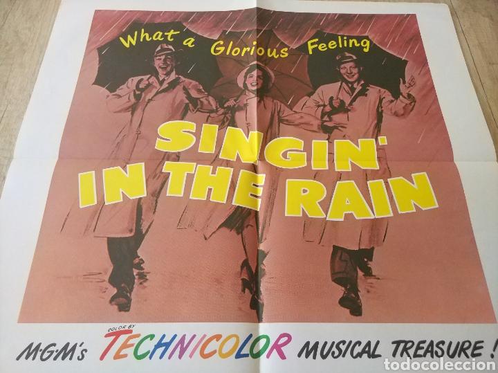 Cine: Cartel original Estreno cines EEUU película: SINGING IN THE RAIN (CANTANDO BAJO LA LLUVIA) Año: 1952 - Foto 4 - 207557428