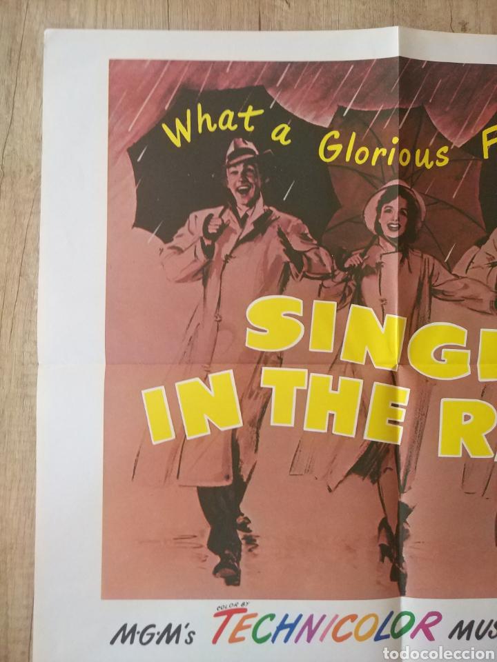 Cine: Cartel original Estreno cines EEUU película: SINGING IN THE RAIN (CANTANDO BAJO LA LLUVIA) Año: 1952 - Foto 5 - 207557428