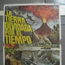 Cinéma: CDO 2948 LA TIERRA OLVIDADA POR EL TIEMPO DOUG MCCLURE POSTER ORIGINAL ESTRENO 70X100. Lote 207705445