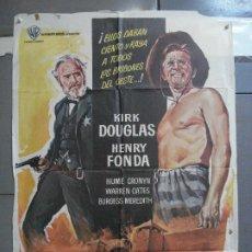 Cine: CDO 3256 EL DIA DE LOS TRAMPOSOS KIRK DOUGLAS HENRY FONDA MANKIEWICZ POSTER ORIGINAL 70X100 ESTRENO. Lote 208696642