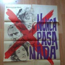 Cinema: POS-2-POSTER DE LA PELICULA-- NUNCA PASA NADA. Lote 209215852