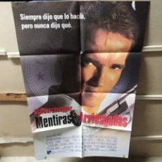 Cine: MENTIRAS ARRIESGADAS ARNOLD SCHWARZENEGGER CAMERON POSTER ORIGINAL 70X100 Q. Lote 209903815