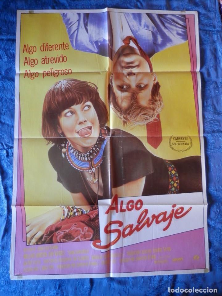 POSTER ORIGINAL: ALGO SALVAJE DE 70 X 100 (Cine - Posters y Carteles - Clasico Español)