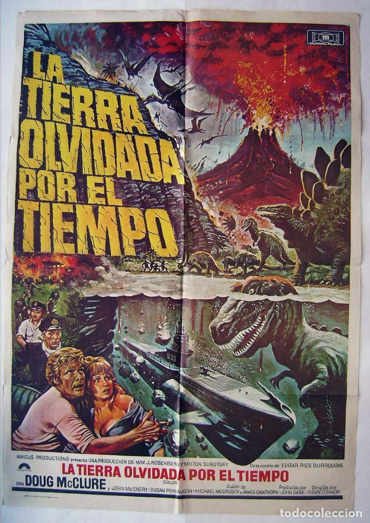 LA TIERRA OLVIDADA POR EL TIEMPO, CON DOUG MCCLURE . POSTER 70 X 100 CMS. 1975. DISEÑO: CHANTRELL. (Cine - Posters y Carteles - Ciencia Ficción)