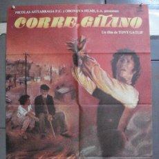 Cine: CDO 3979 CORRE GITANO MARIO MAYA CARMEN CORTES TONY GATLIF POSTER ORIGINAL ESTRENO 70X100. Lote 210954257