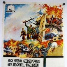 Cinéma: TOBRUK (ARTHUR HILLER, ROCK HUDSON, GEORGE PEPPPARD). CARTEL ORIGINAL DEL ESTRENO (1967).. Lote 211730019
