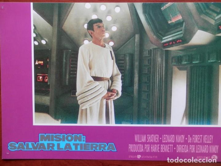 LOBBY CARD - MISIÓN SALVAR LA TIERRA - 34 X 24 CENTÍMETROS (Cine - Posters y Carteles - Comedia)